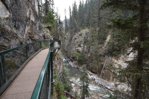 ohnston Canyon - Banff National Park