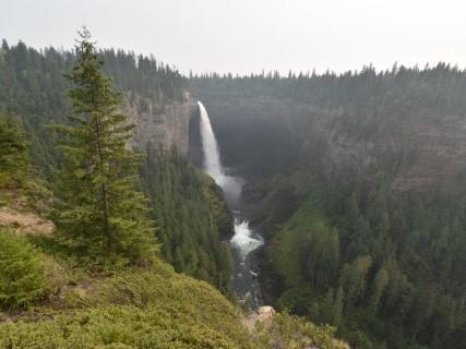 Wells Gray Provincial Park – Watervallen, beren en zalm