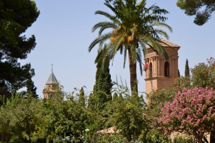 Alhambra bezoeken - Calle Real - Alhambra Granada