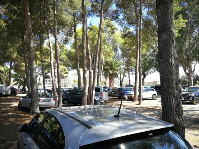 Playa de L'Ampolla_parking
