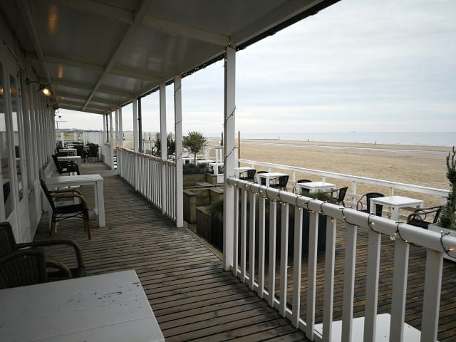 Strandpaviljoen Beachhouse 25